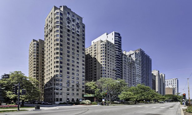 NY Investor Completes Record Condo Deconversion Buy on Chicago's Lake Shore Drive